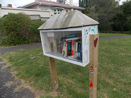 Pop up libraries - Hokonoa Reserve 1