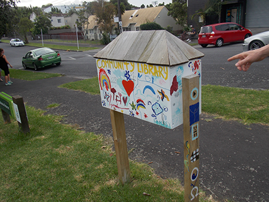 Pop up libraries - Hokonoa Reserve 2