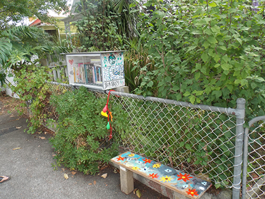 Pop up libraries - Richmond Road 1