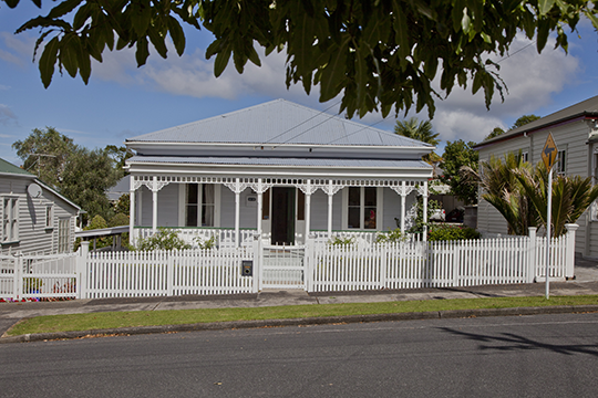 They may look nice, but Auckland's villas have a tendency to become iceboxes in winter.